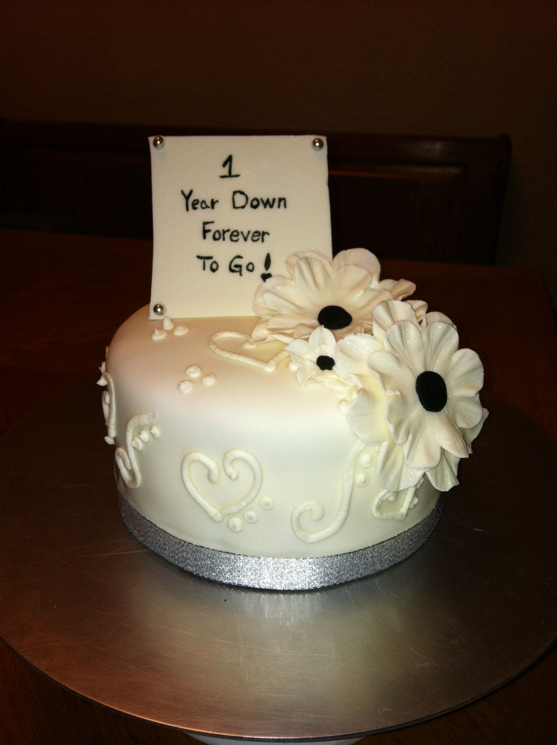 Cake Designs For First Anniversary : Happy 1st Anniversary Cake Ideas and Designs