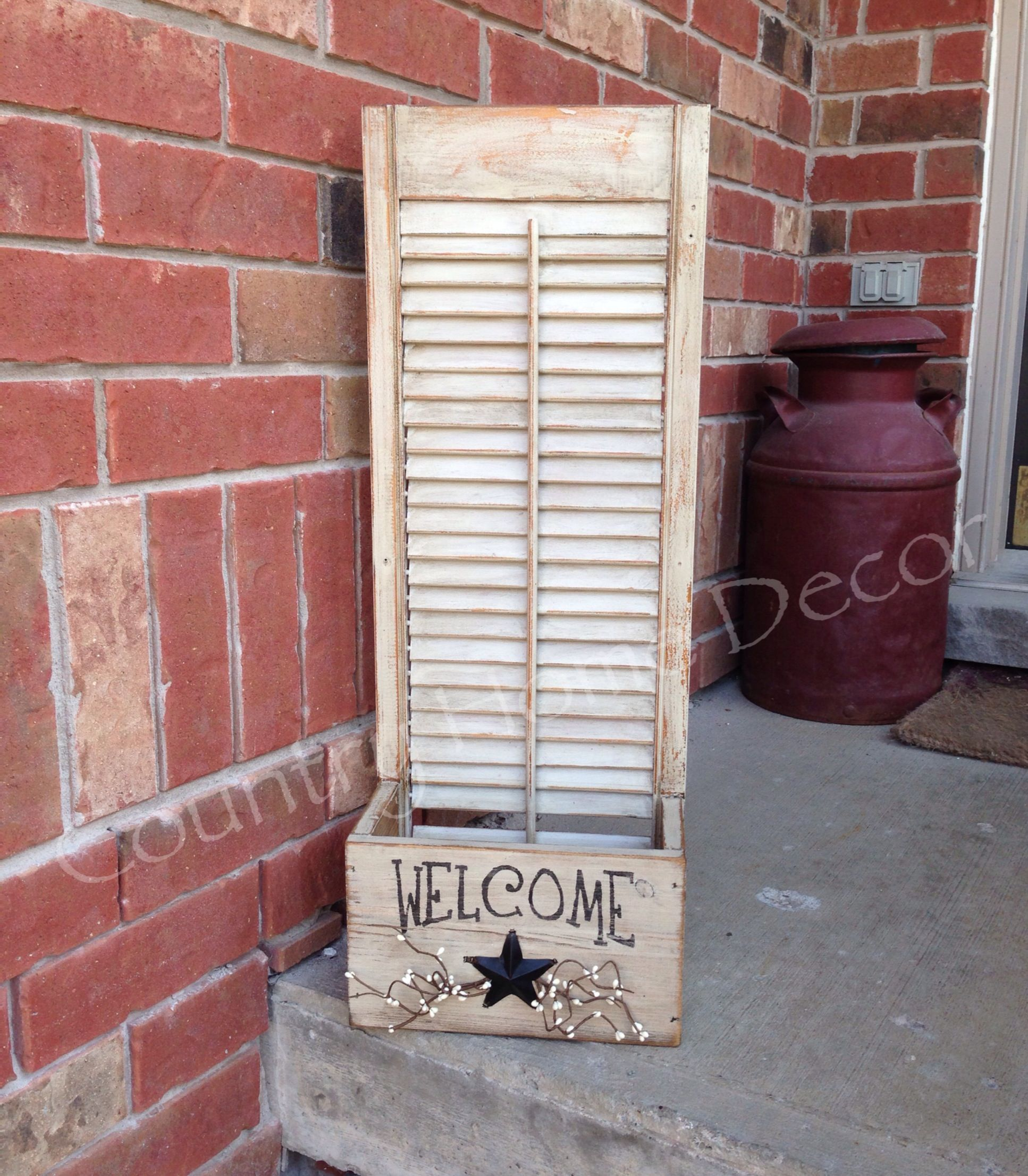 Repurposed shutter country craft pinterest for Window shutter crafts