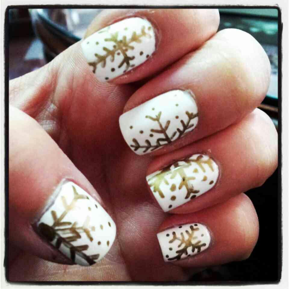 White base with gold sharpie nail art  Nail Ddesign  Pinterest