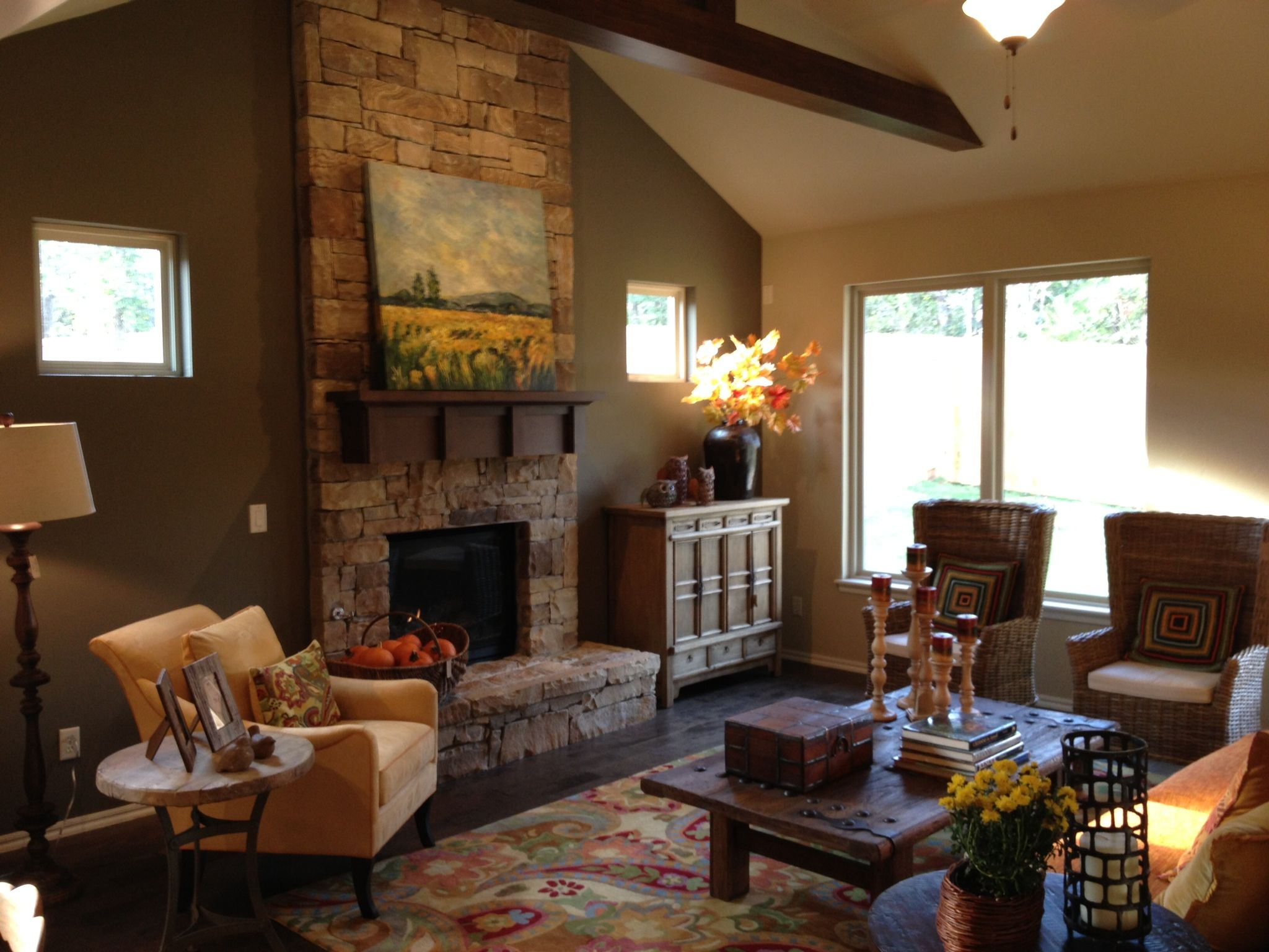 1000 images about living room decor on pinterest for Bungalow fireplace ideas