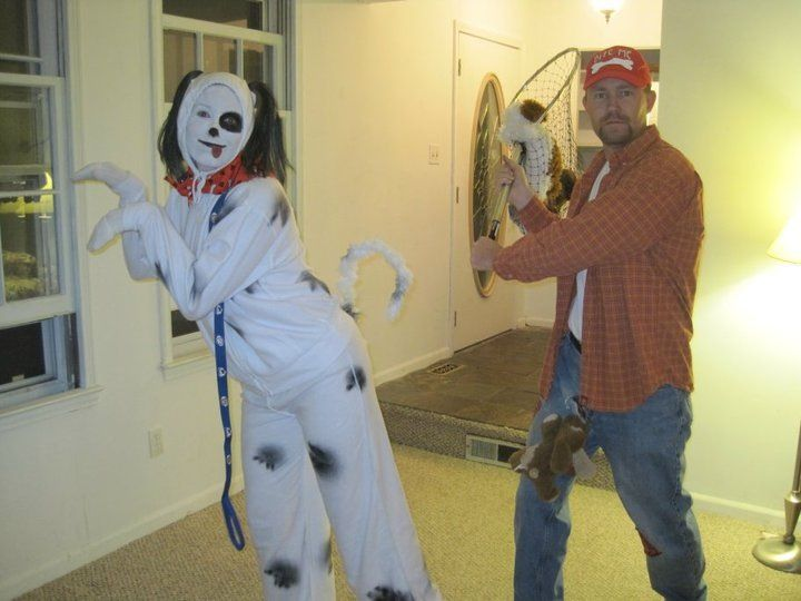 Dog and dog catcher   costumes - 52.1KB