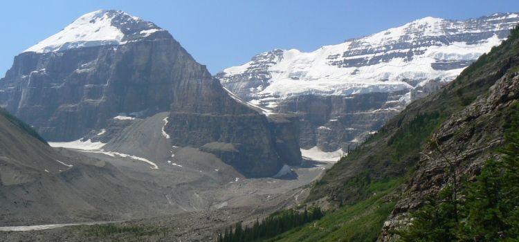 Vista panorámica del Plain of Six Glaciers, Parque Nacional de Banff, Montañas Rocosas