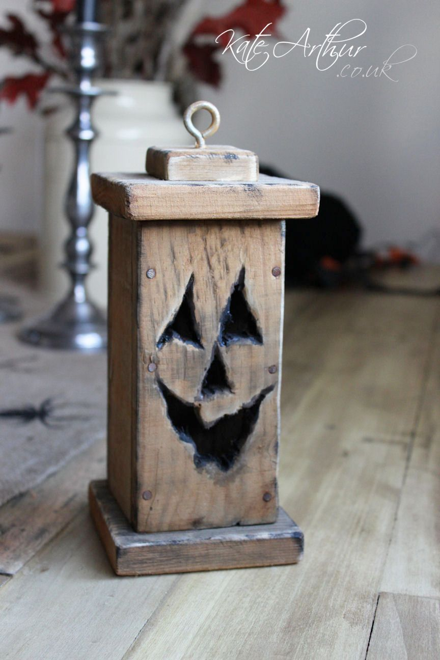 Halloween lantern made from pallet wood pallet pinterest for Diy crafts with pallets