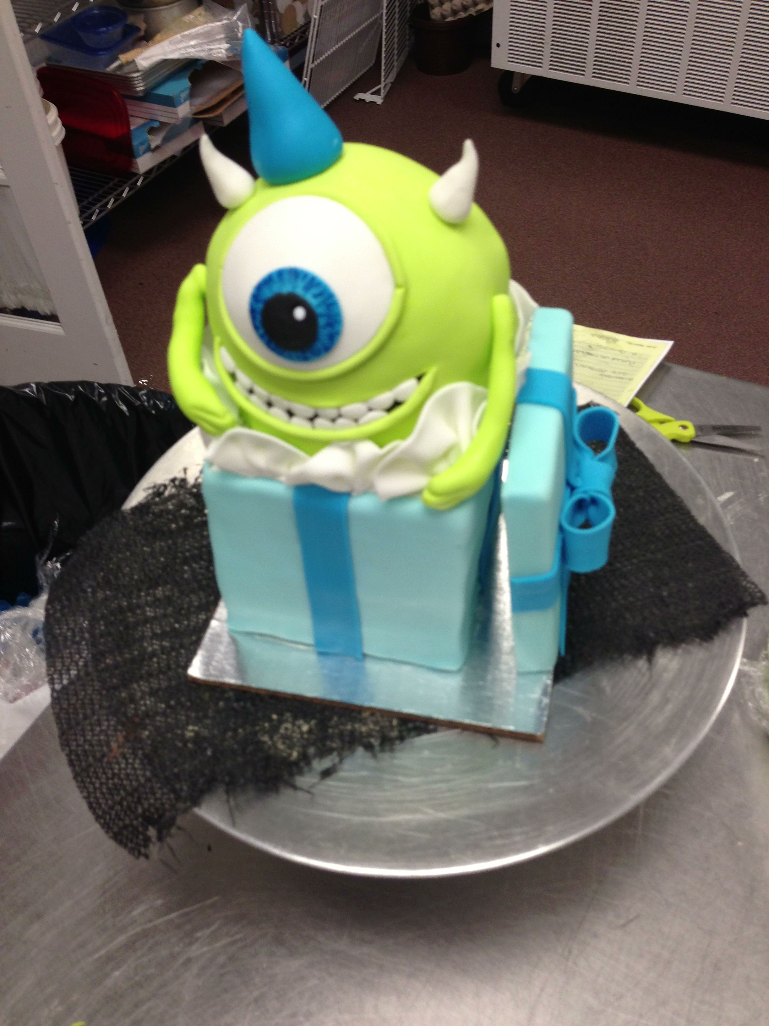 monsters inc cake birthday cake ideas pinterest