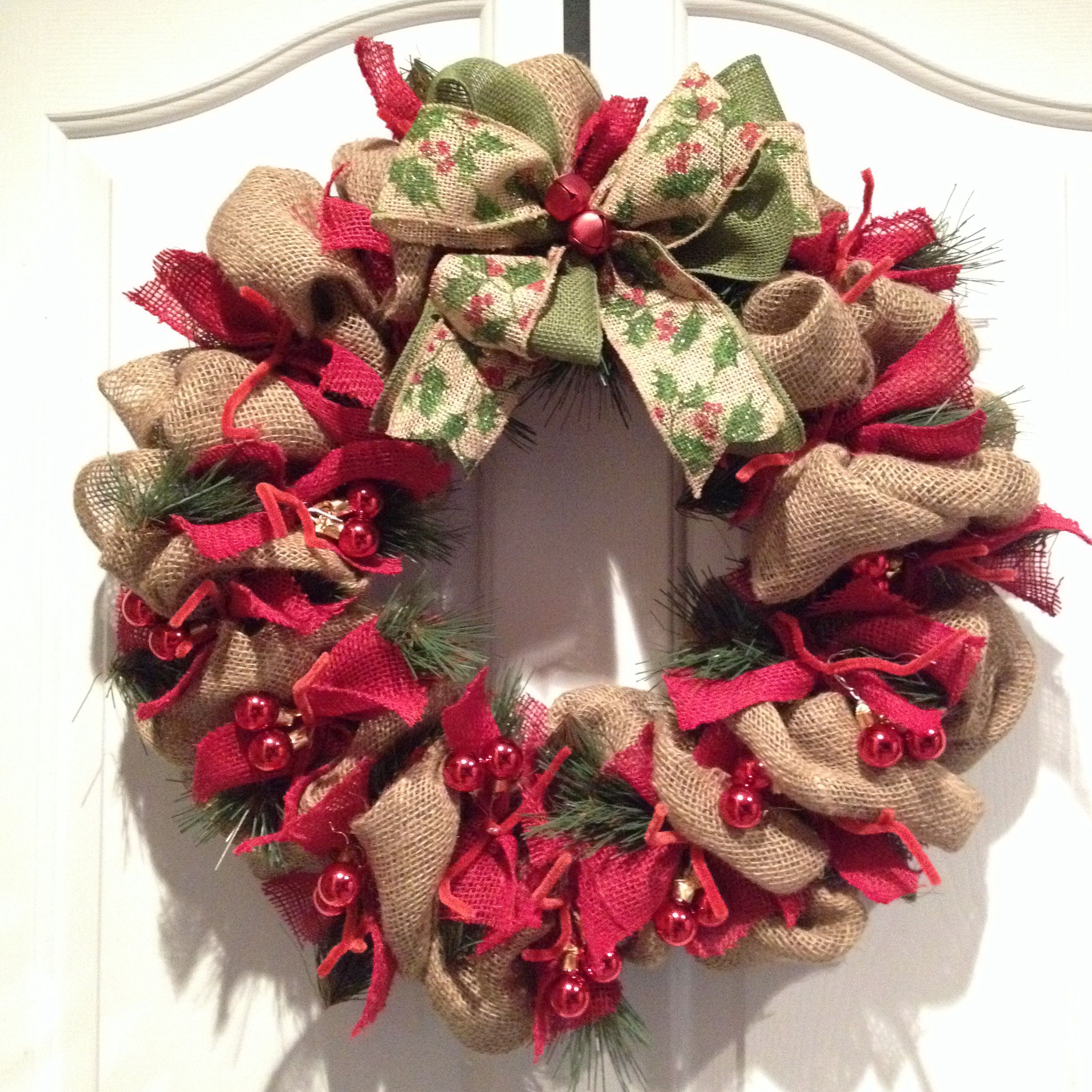 Burlap christmas wreath wreaths pinterest Burlap xmas wreath