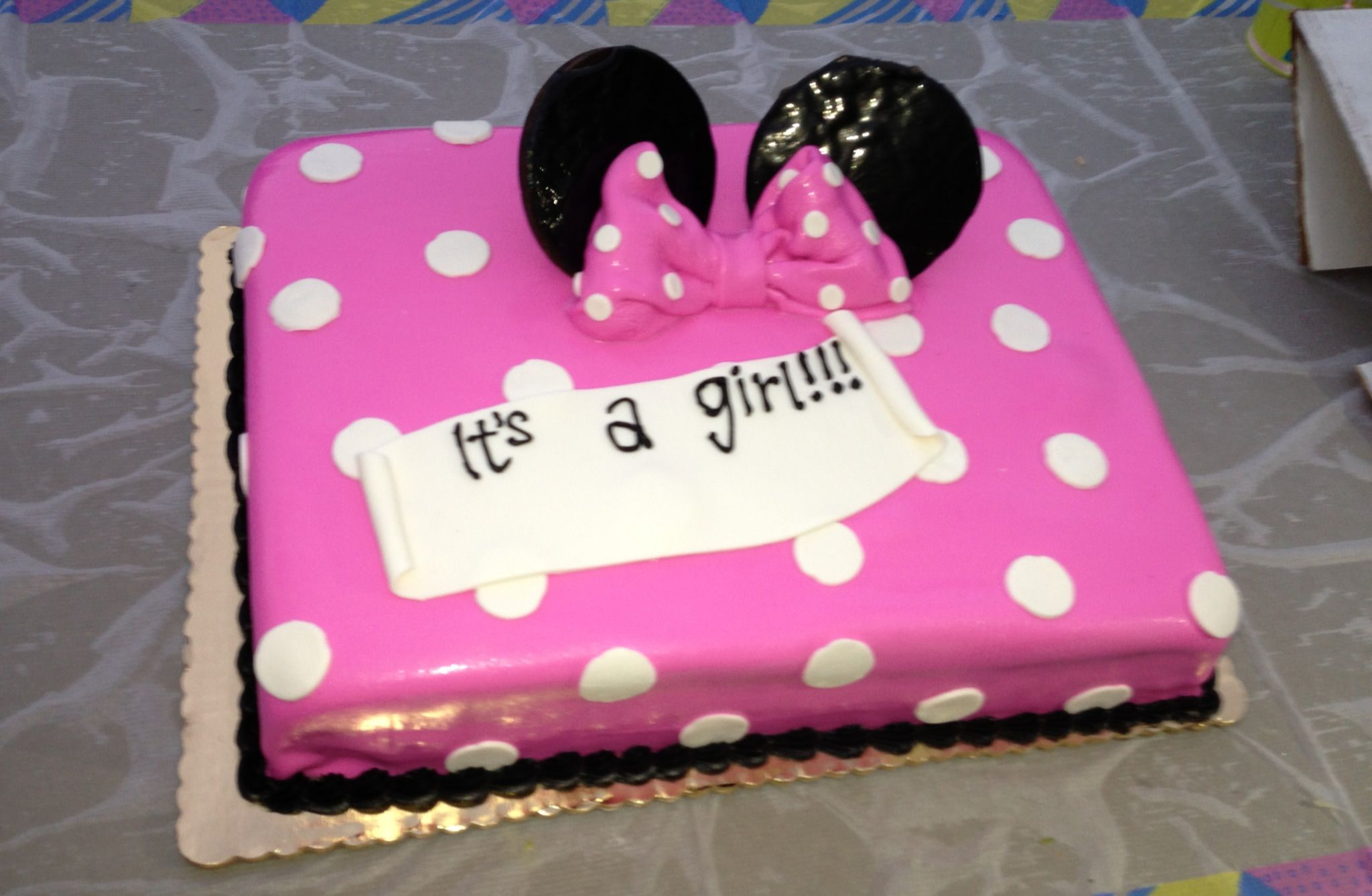 Cute Minnie Mouse baby shower cake. My love/passion for ...
