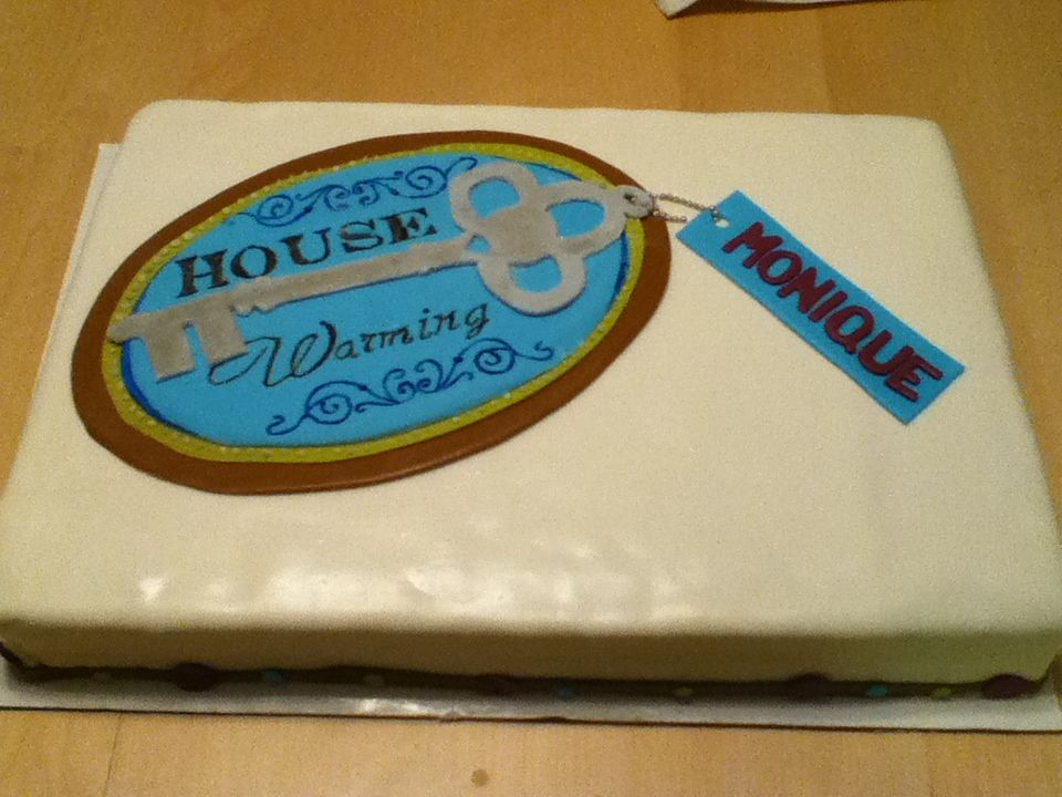 Cake Designs For Housewarming : Housewarming keychain cake Party Ideas Pinterest