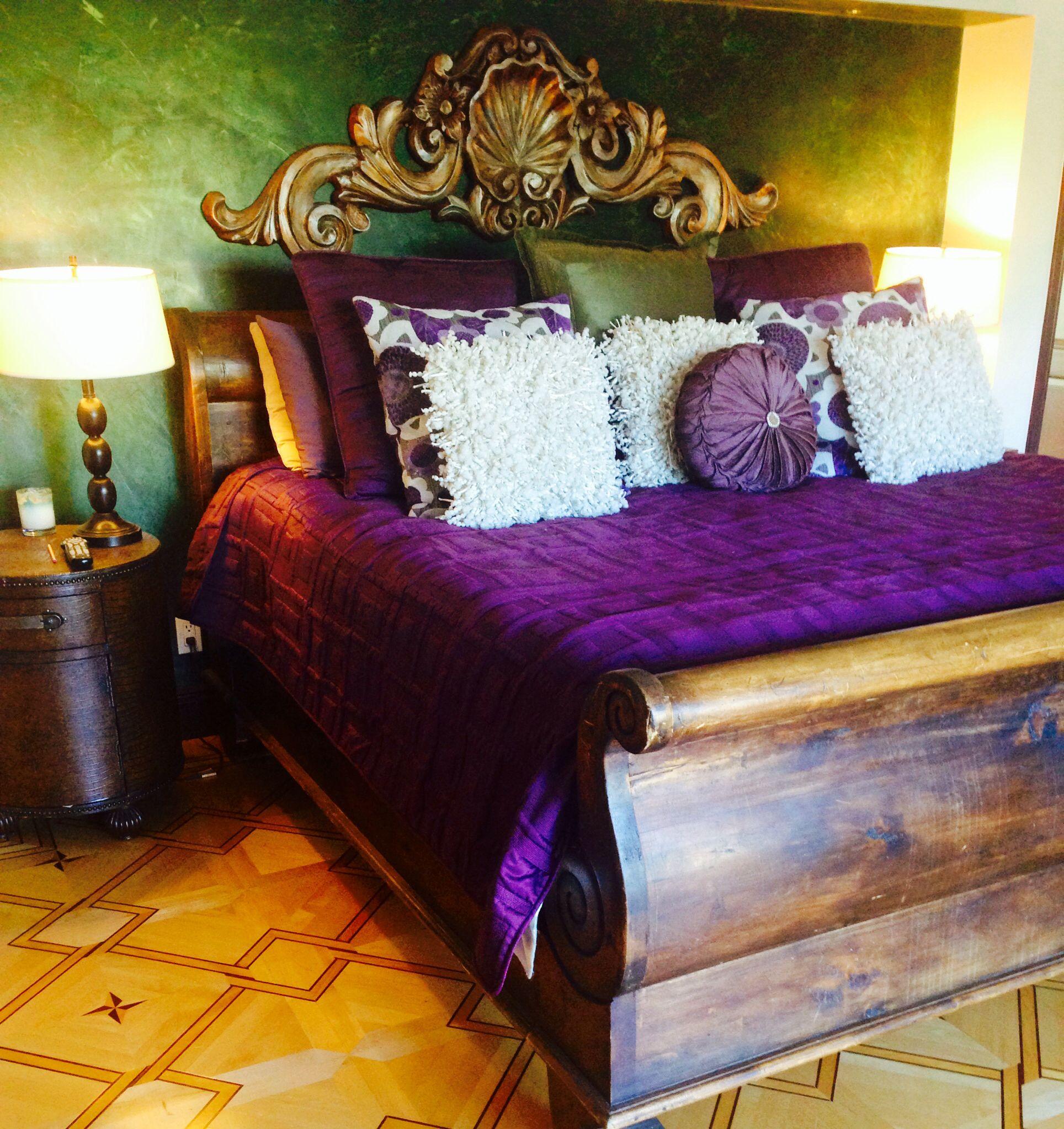 purple and green room so royal bedroom dreams pinterest. Black Bedroom Furniture Sets. Home Design Ideas