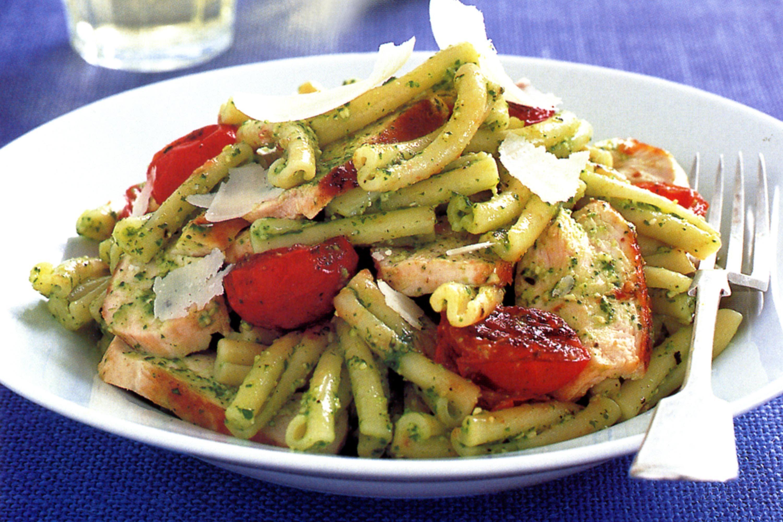 pesto chicken pasta | Eat | Pinterest