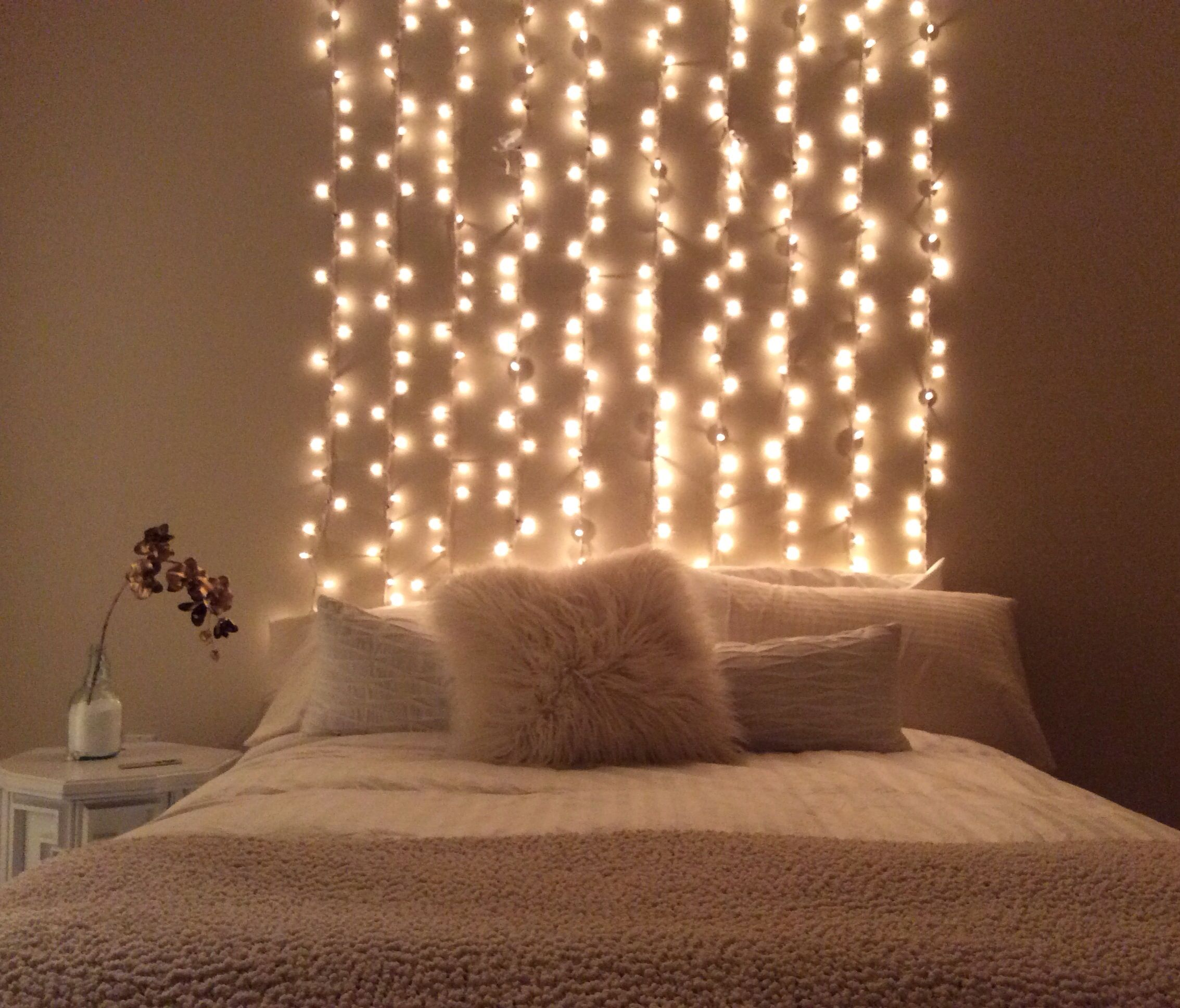 String Lights For Headboard : DIY white string light headboard Home decor Pinterest