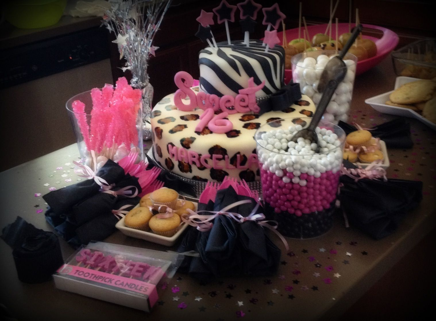 Sweet 16th birthday party decor pinterest for 16th birthday decoration