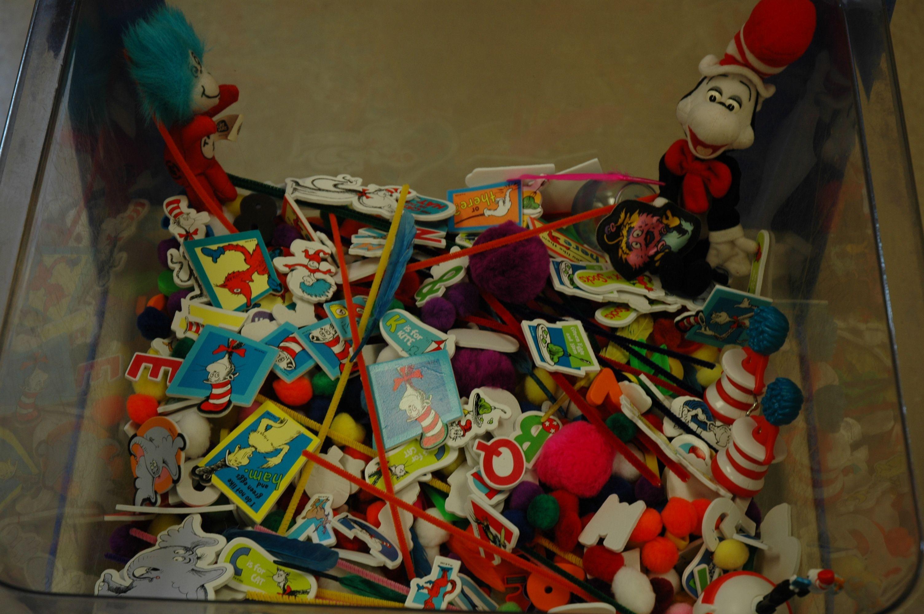 dr seuss sensory table   preschool ideas   Pinterest