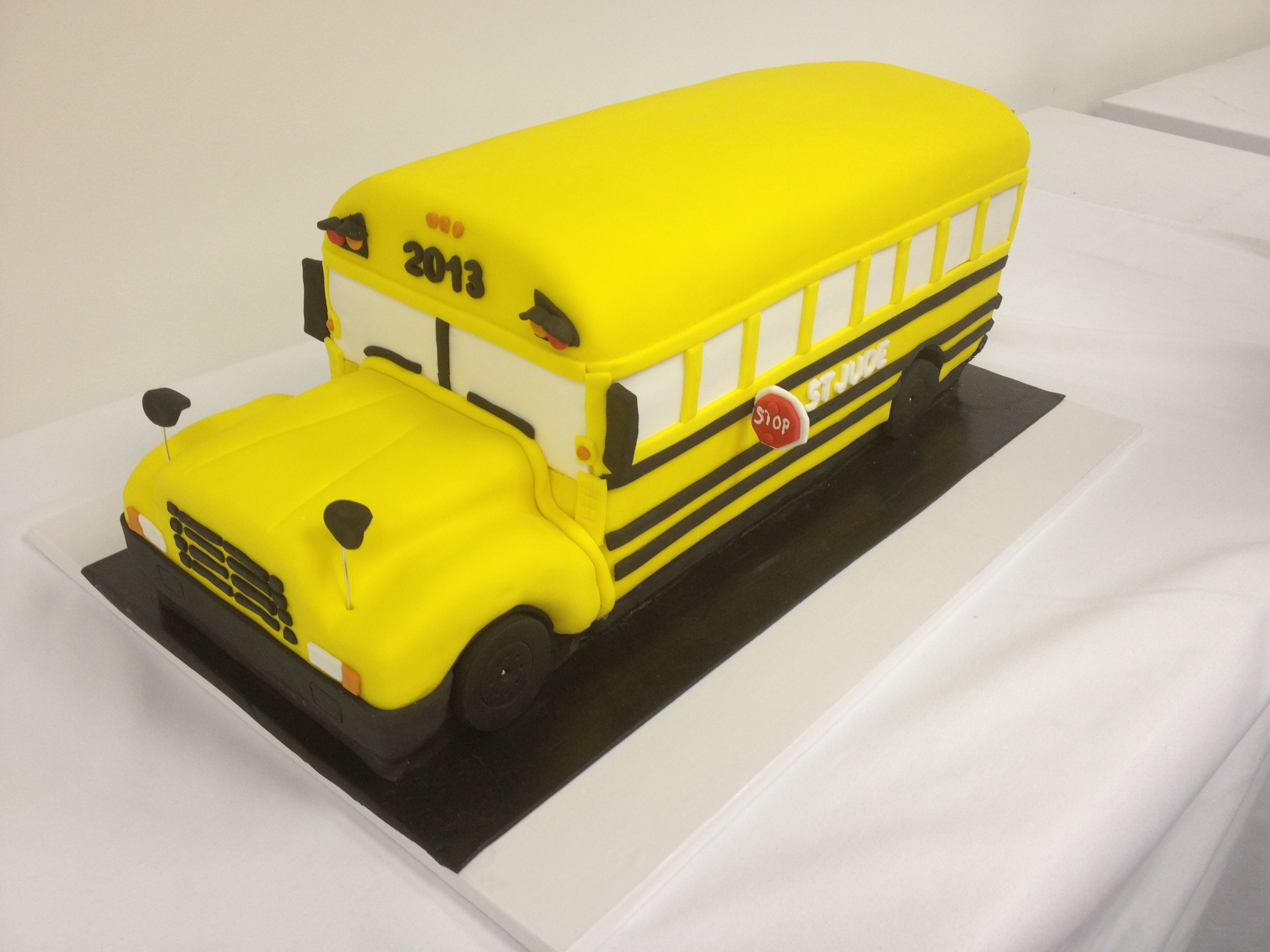 School Bus Cake Design : School Bus Cake for St. Jude just cakes Pinterest