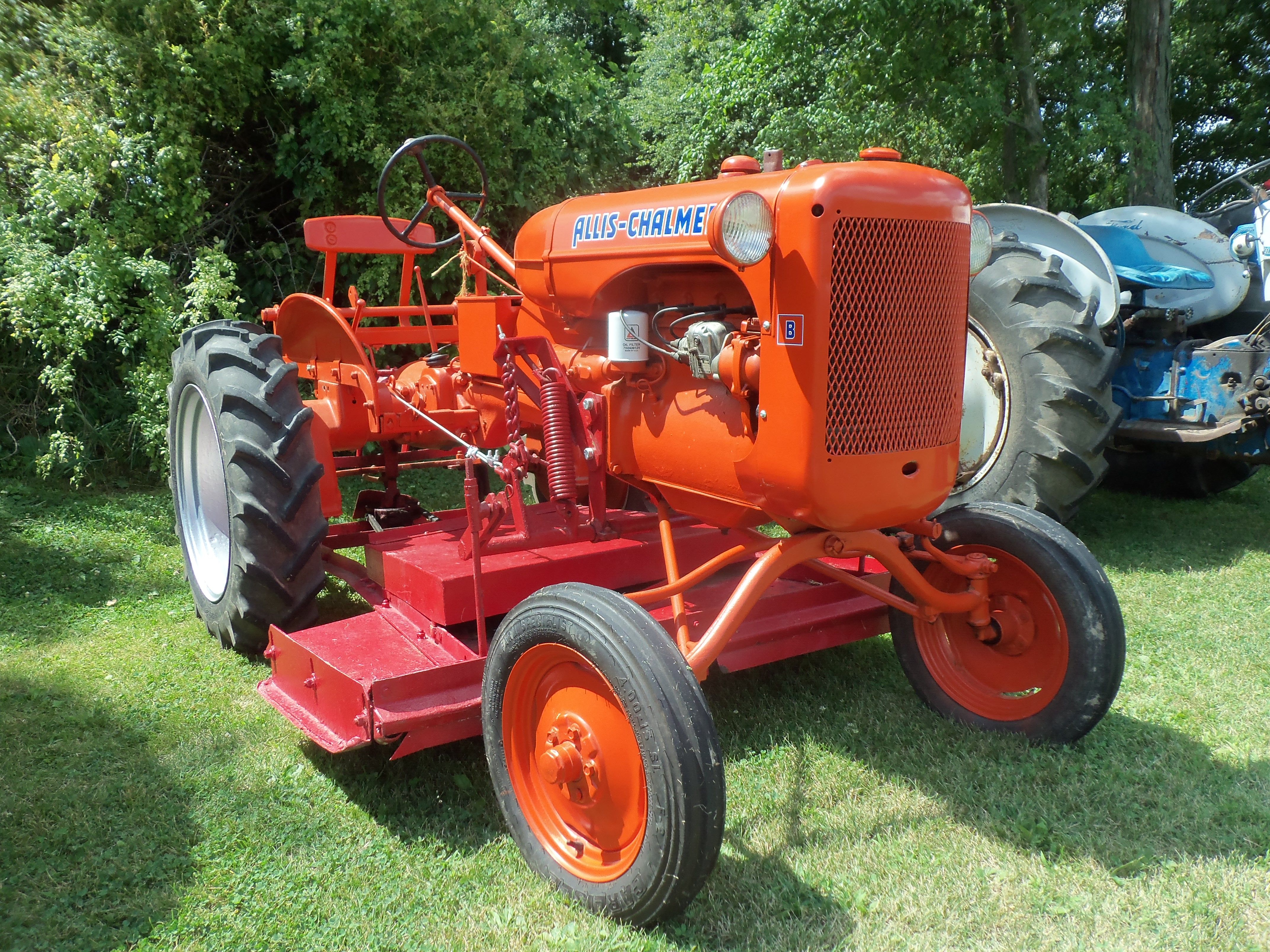 Model B from the ground | Allis-Chalmers | Pinterest