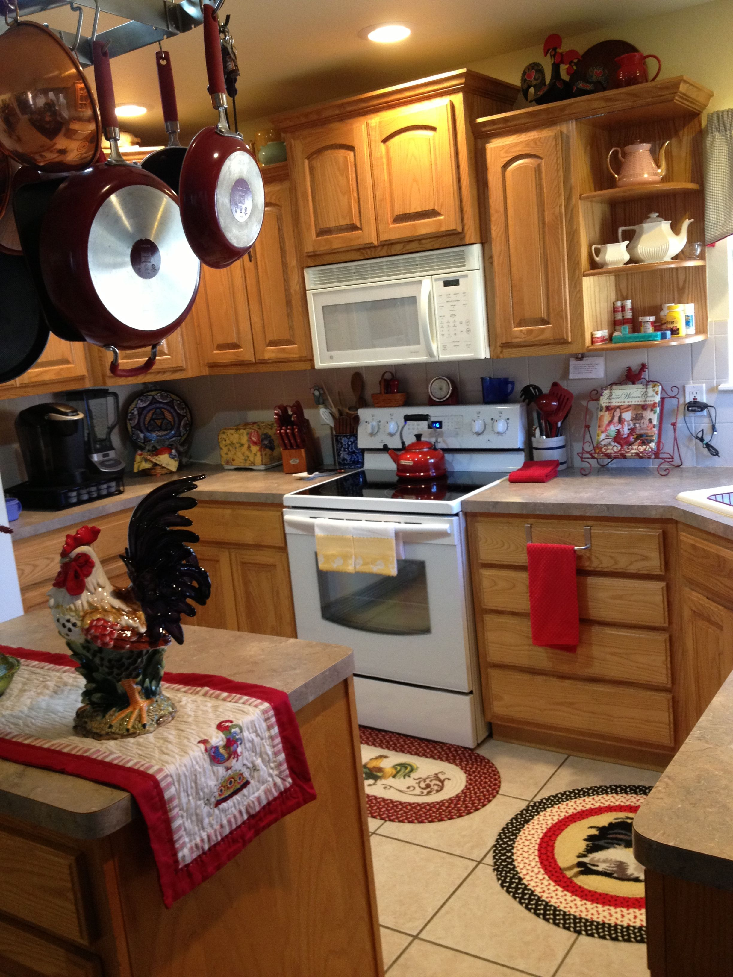 more of my rooster kitchen decorating ideas