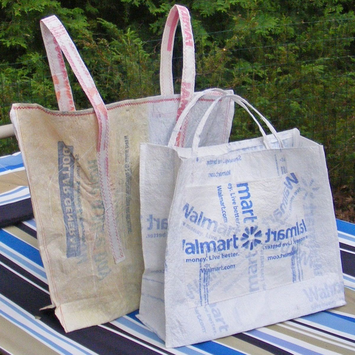 plastic shopping bag Plastic shopping bags, carrier bags, or plastic grocery bags are a type of plastic bag used as shopping bags and made from various kinds of plastic.