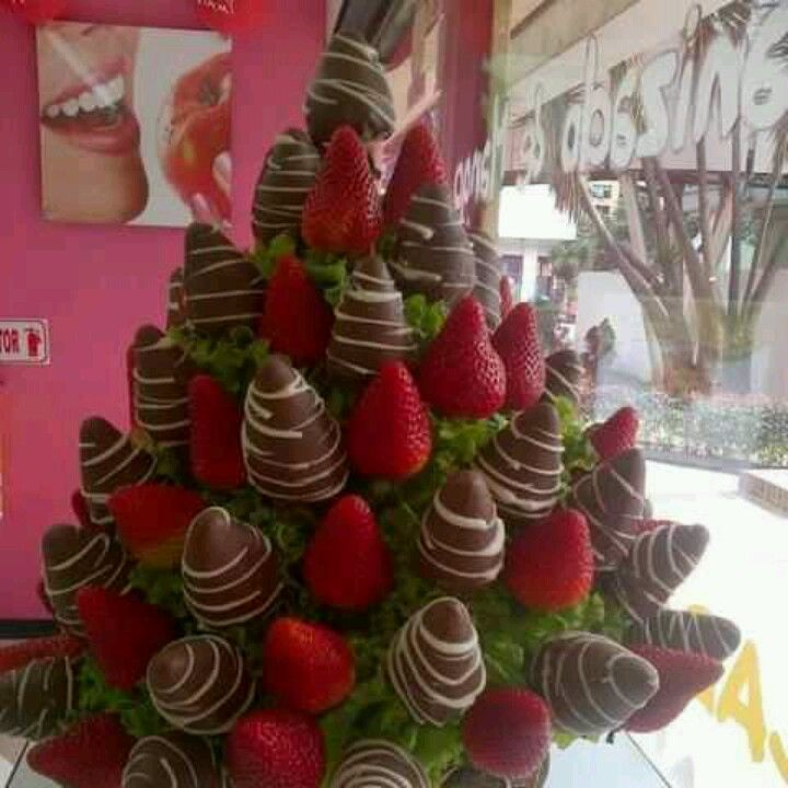 Sweet Strawberry Bouquet Chocolate Strawberries