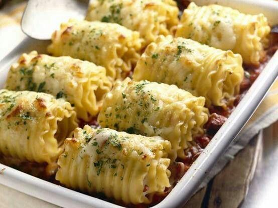 Chicken and cheese lasagna roll ups | FOODFORUS | Pinterest
