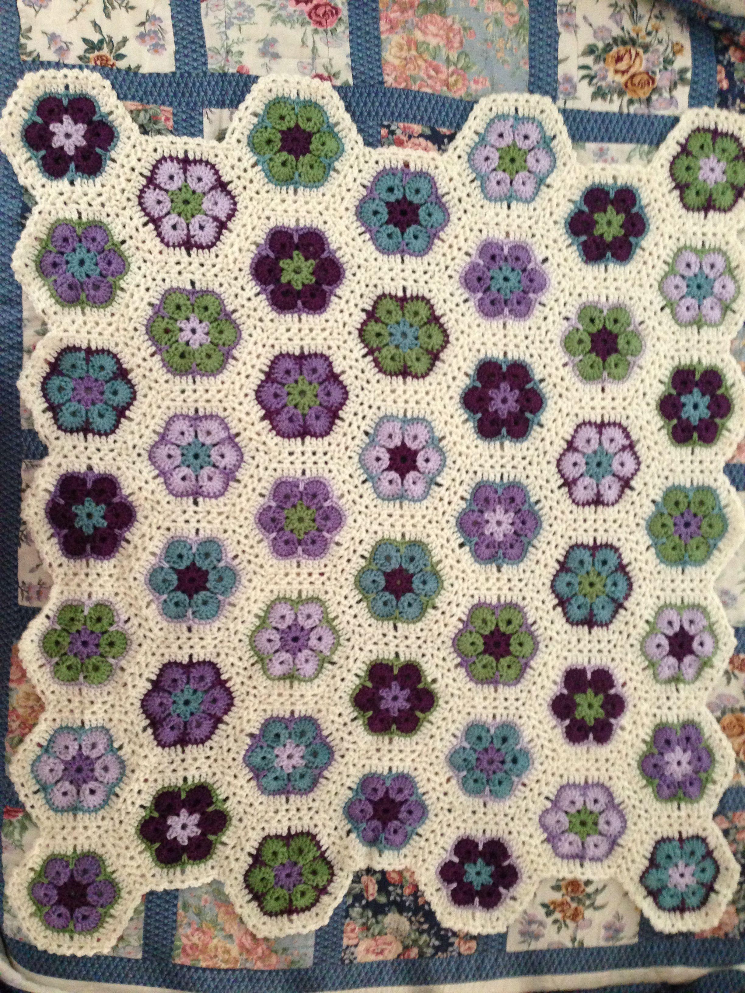 African Flower Crochet Baby Blanket Pattern : African flower crochet baby blanket pattern