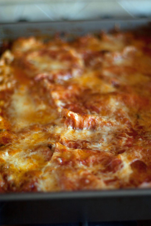 Gluten-free Lasagna. | I Can't Believe it's Not Gluten | Pinterest