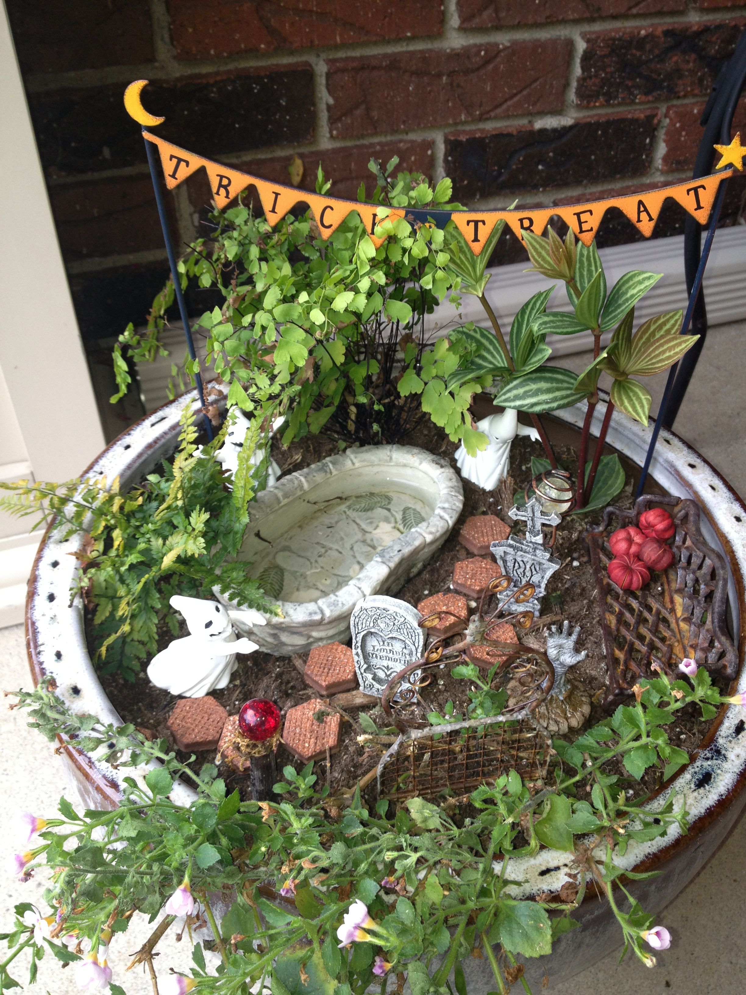 halloween fairy garden ideas