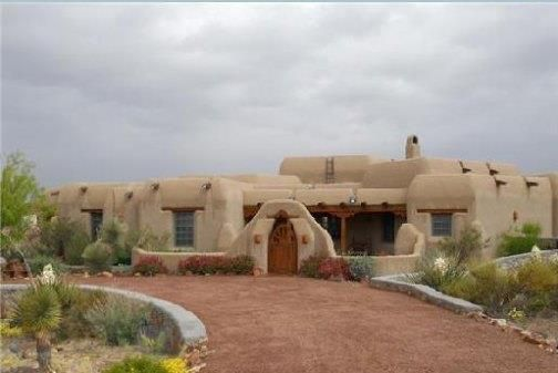 Pueblo style home homes spanish southwest pinterest - Pueblo adobe houses property ...