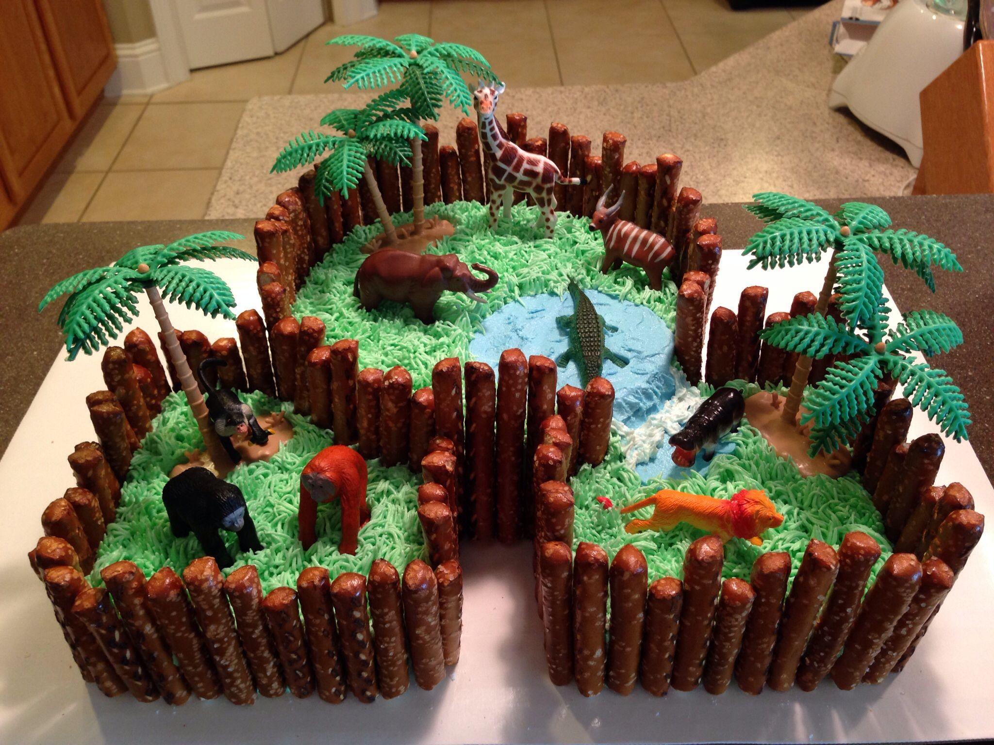 Zoo cake for my nephew 39 s birthday auna ideas pinterest for Animal cake decoration ideas
