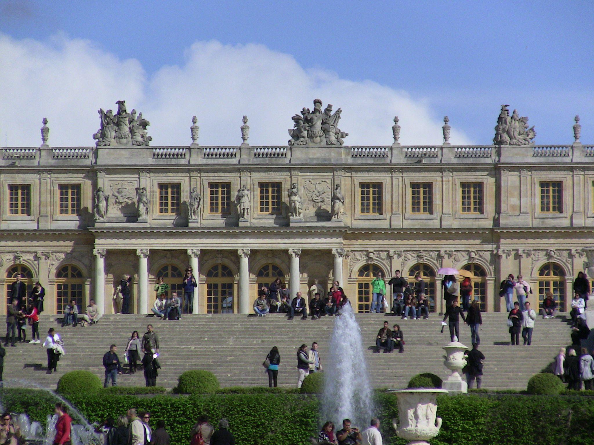 Palace of versailles paris france pinterest for Versailles paris