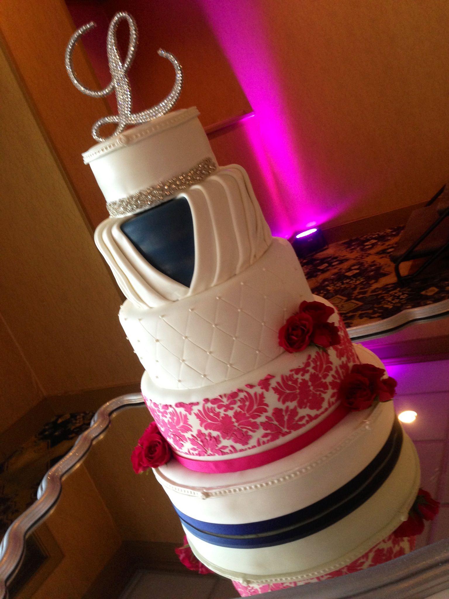 Wedding Ideas: Navy and Hot Pink Wedding Theme