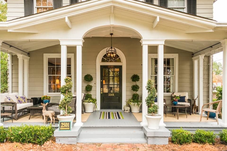 Beautiful porch housing pinterest for Pictures of beautiful front porches