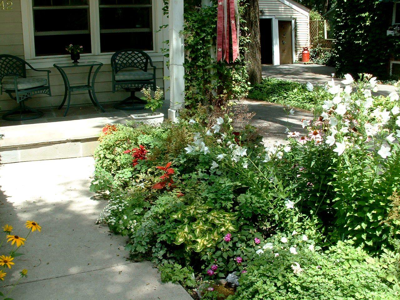 Partial shade garden ideas photograph share for Part shade garden designs