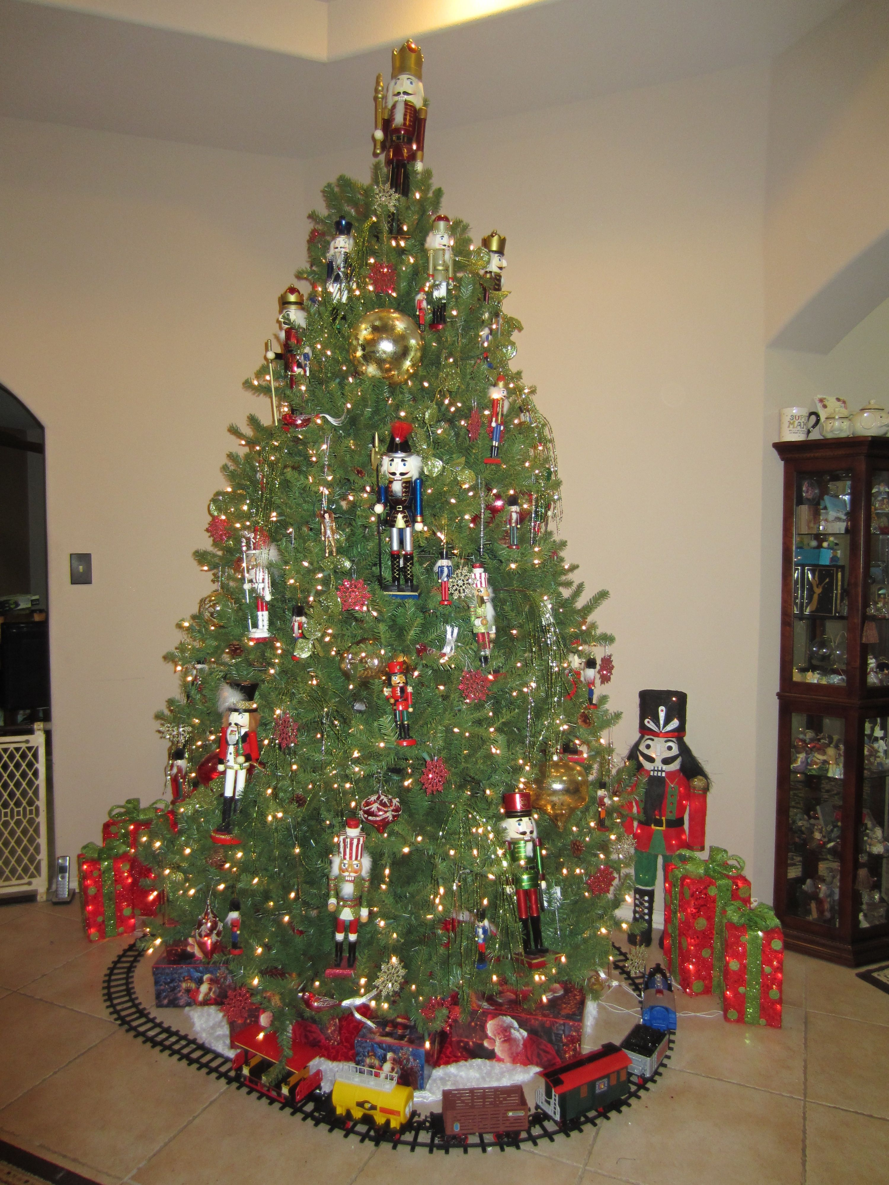 Best christmas tree ornament nutcracker