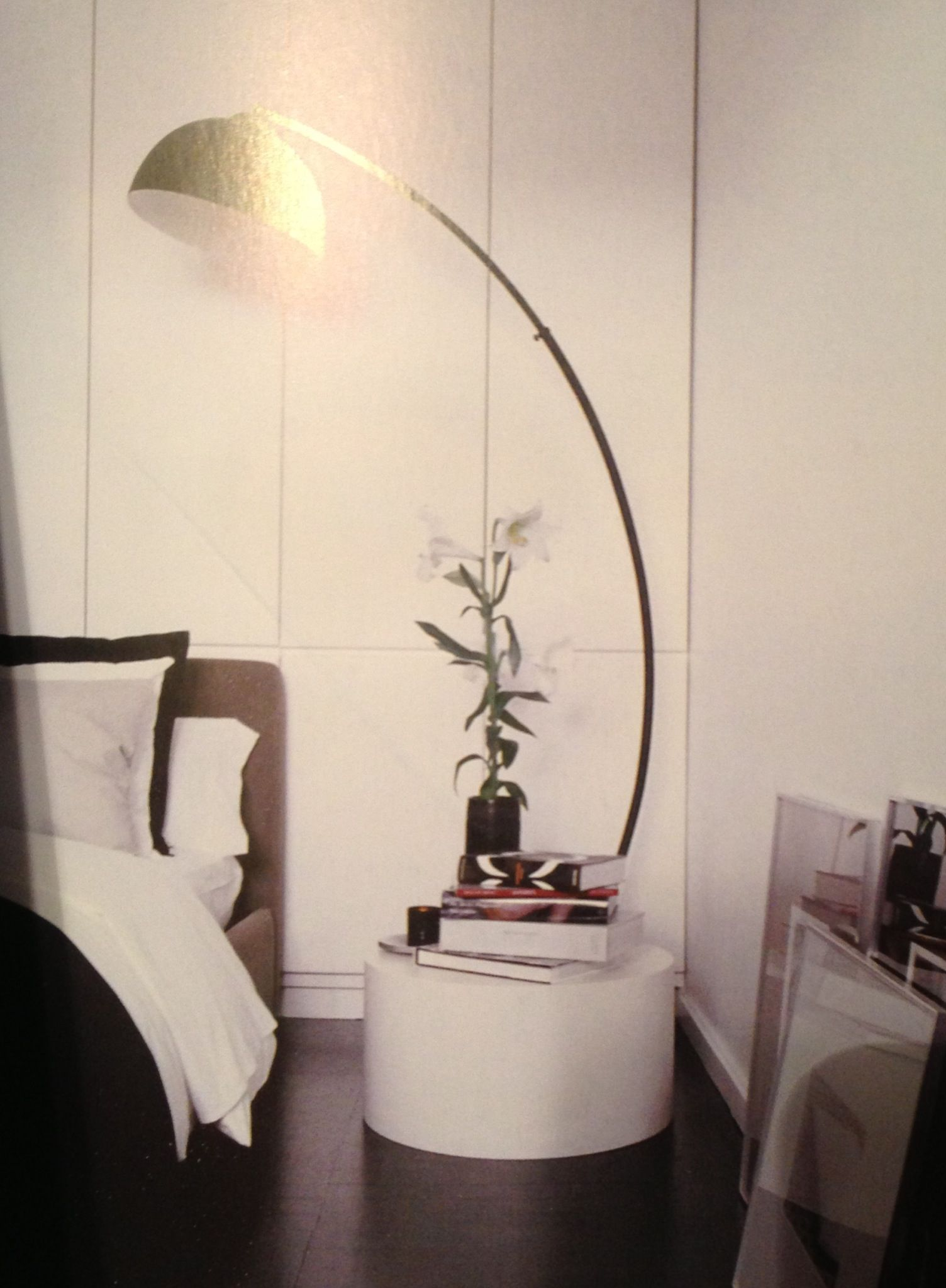 lamp and night stand for small bedrooms sleep perchance. Black Bedroom Furniture Sets. Home Design Ideas