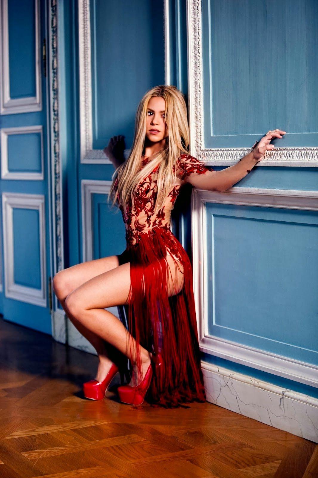 Шакира с пиздой 28 фотография