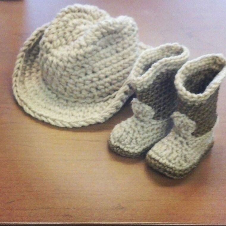 Crochet Pattern For Cowboy Hat And Boots : Crochet cowboy hat and boots Crochet Pinterest