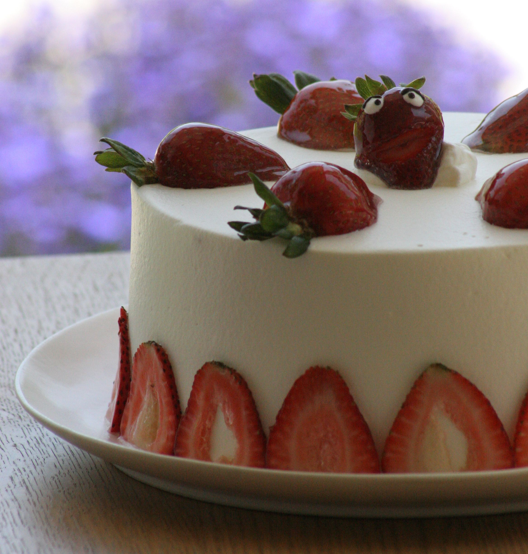 Strawberry Chiffon Buttercream Cake Recipe — Dishmaps