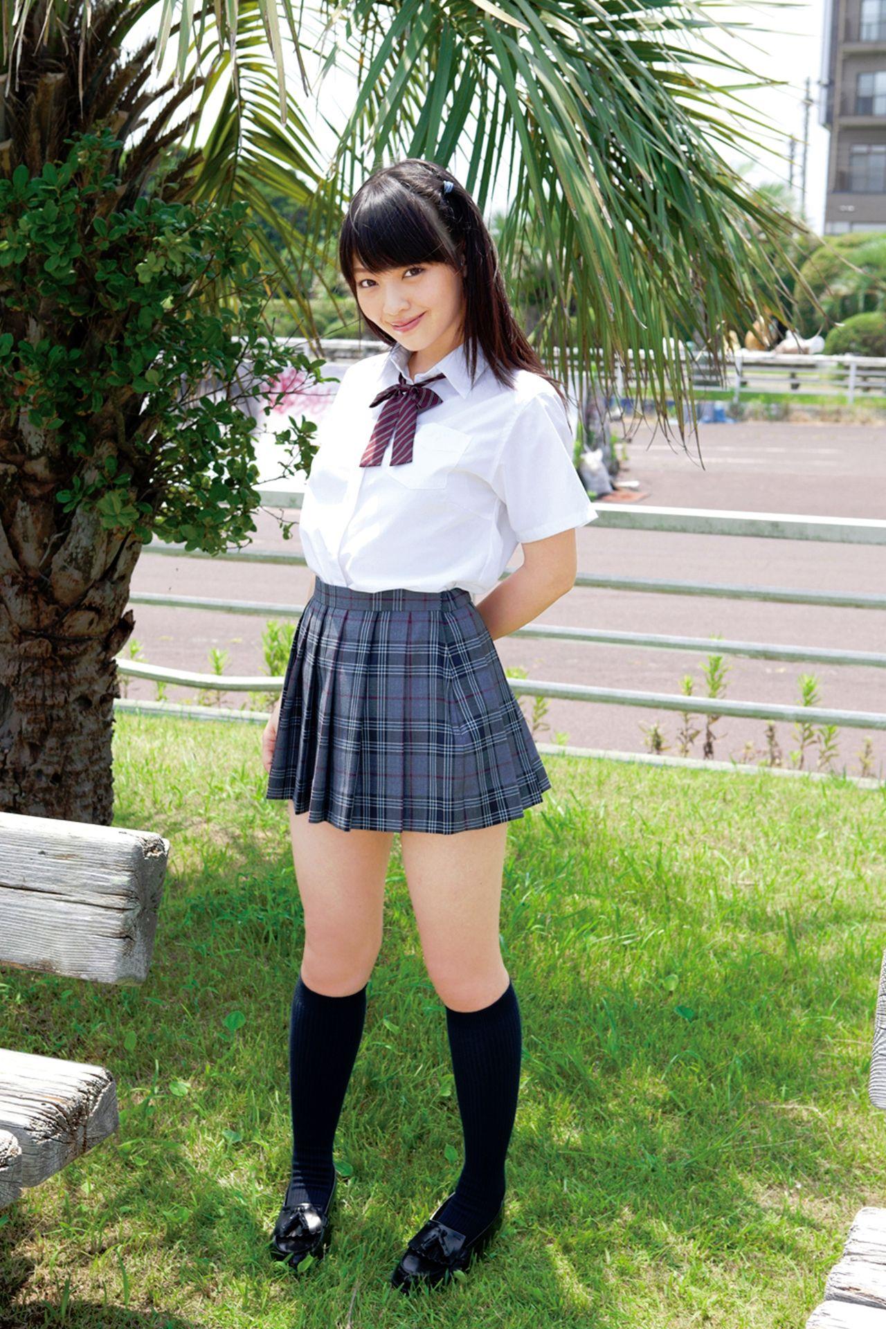 安藤遥の女子高生・制服グラビアまとめ 画像62枚 | 高校生 | Pinterest | Jap