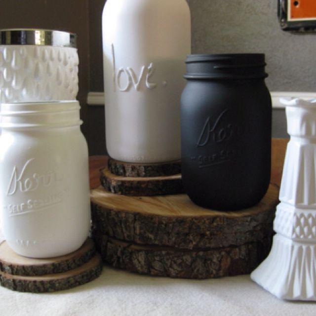 Hot glue spray paint mason jar craft mason jar crafts for Crafts using mason jars