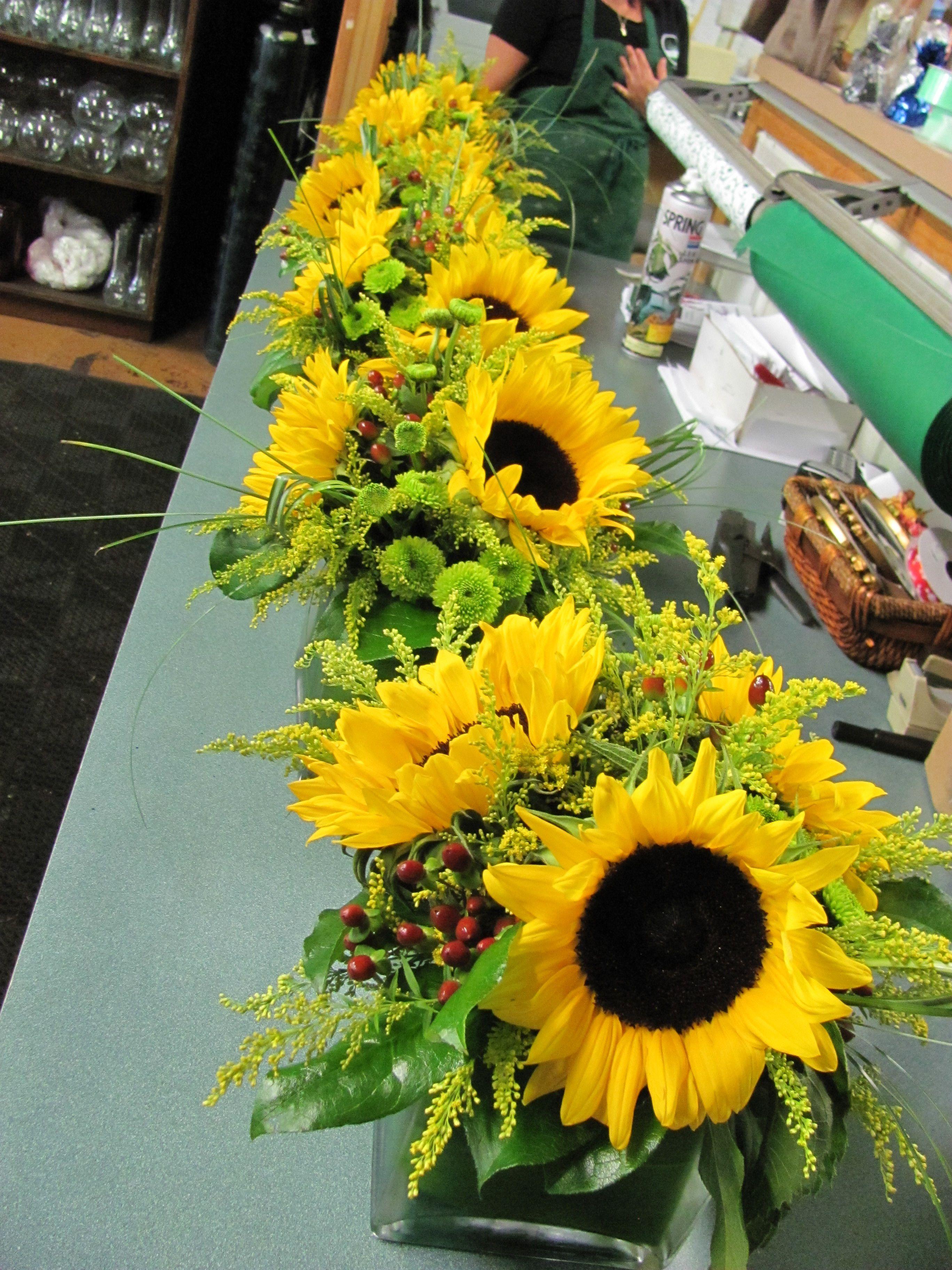 Sunflower centerpieces fall thanksgiving pinterest