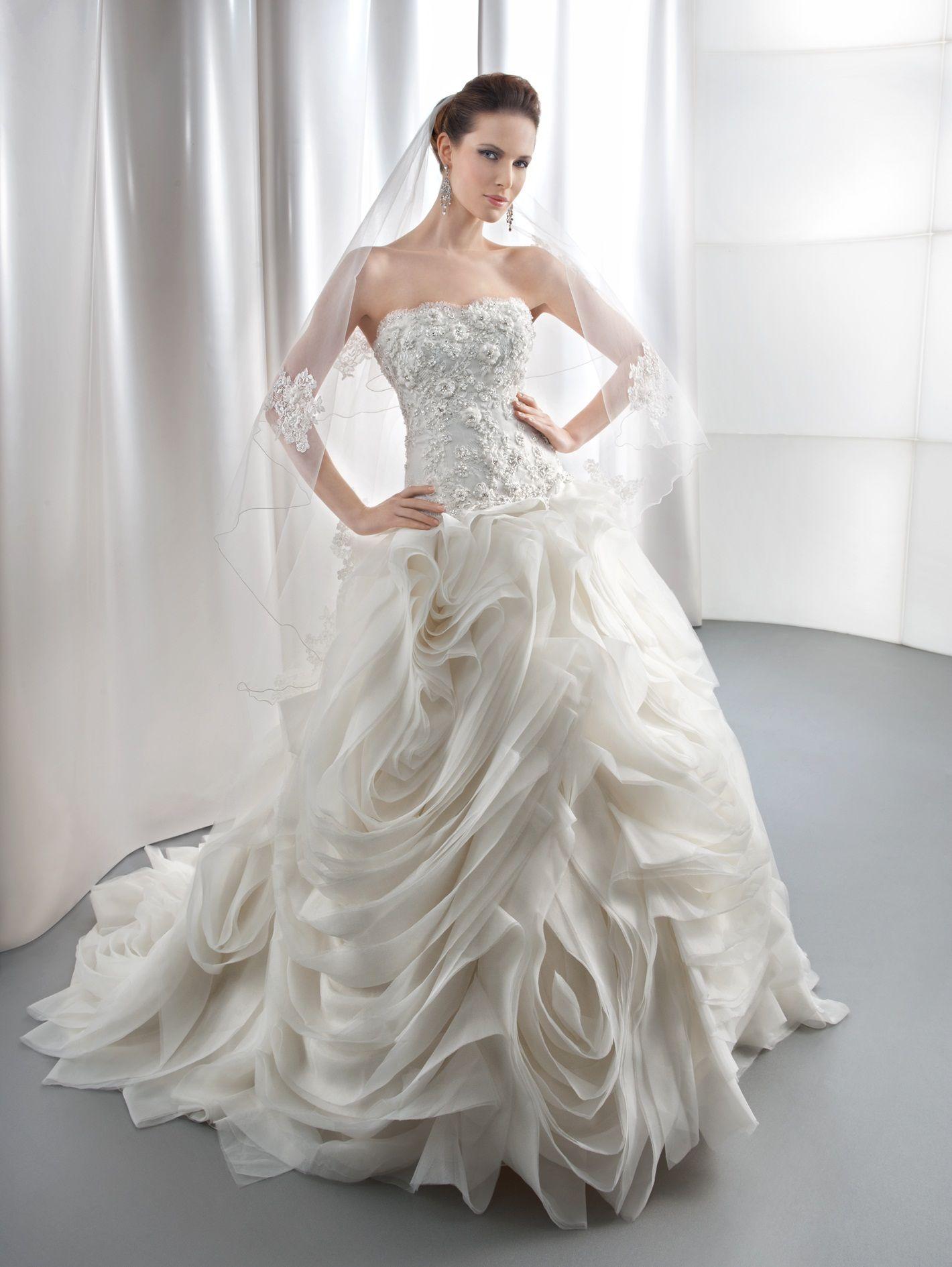 Demetrios Wedding Dresses Prices : Gr gorgeous demetrios wedding gowns dresses