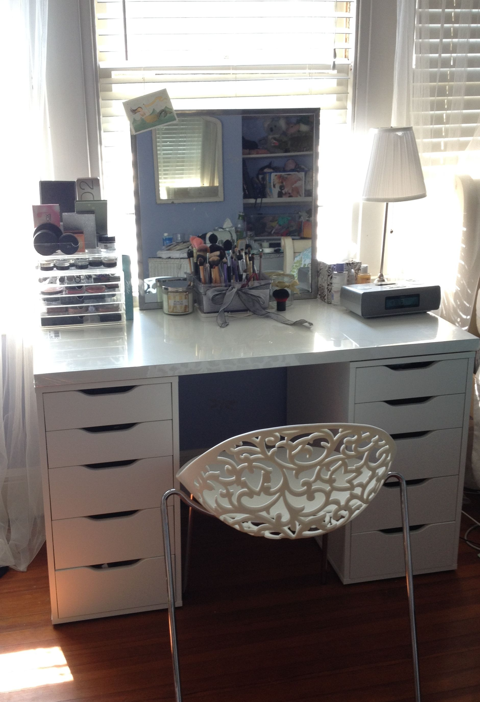 Makeup Vanity Sets. Makeup Vanity Sets for Your Bathroom When you think of a makeup vanity set, you may think of a princess or movie star doing their hair and makeup in a glamorous dressing room.