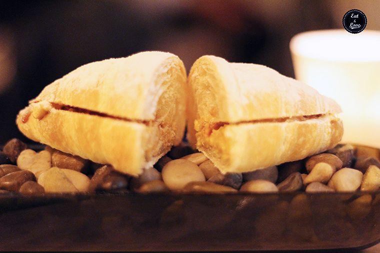 croissant con centollo y mayonesa de kimchi - Al Trapo - restaurante alta cocina creativa Madrid hotel Letras