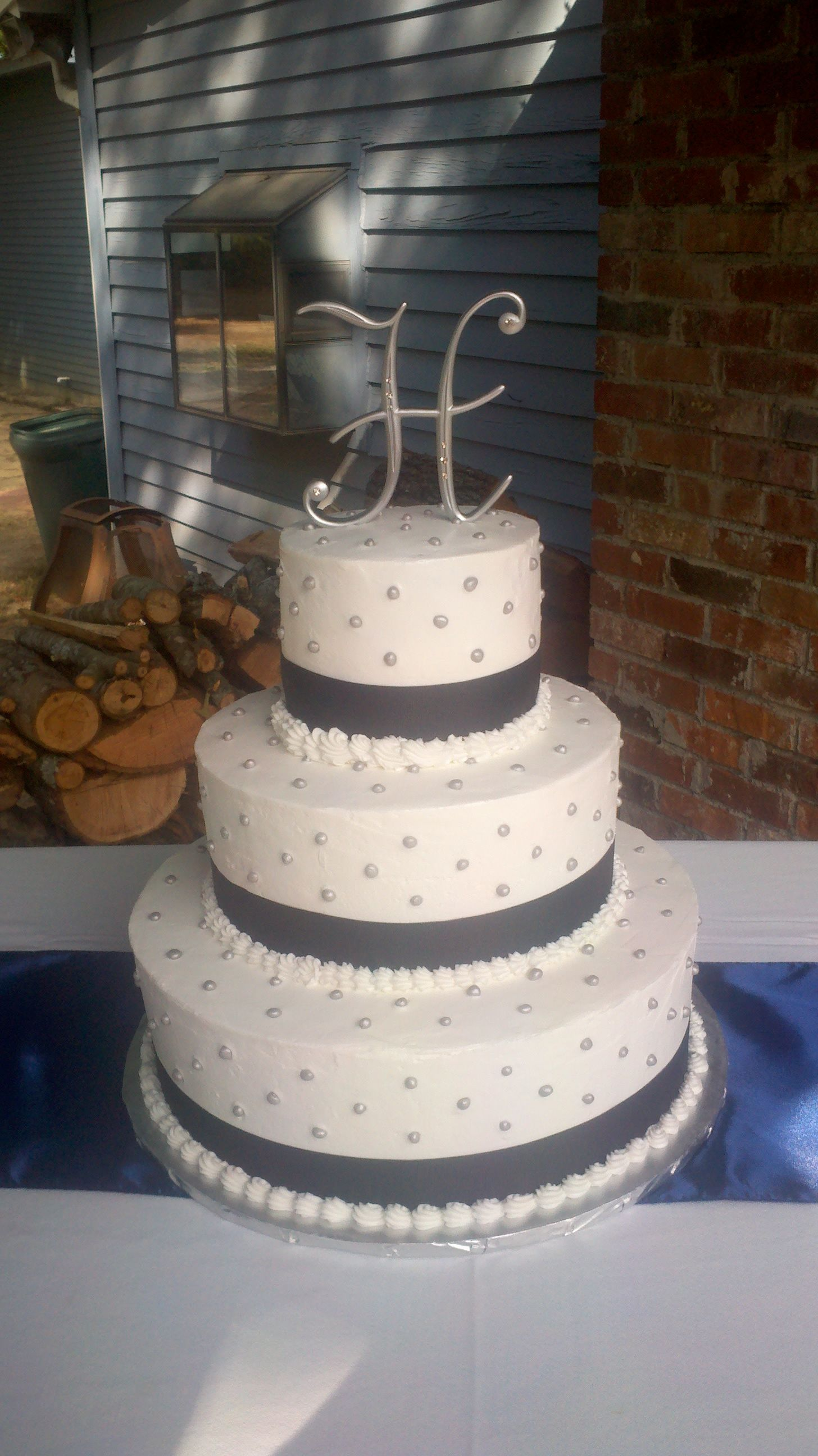 Navy and Silver wedding cake