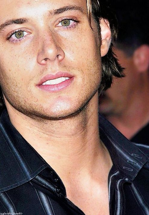 Young #JensenAckles   ...