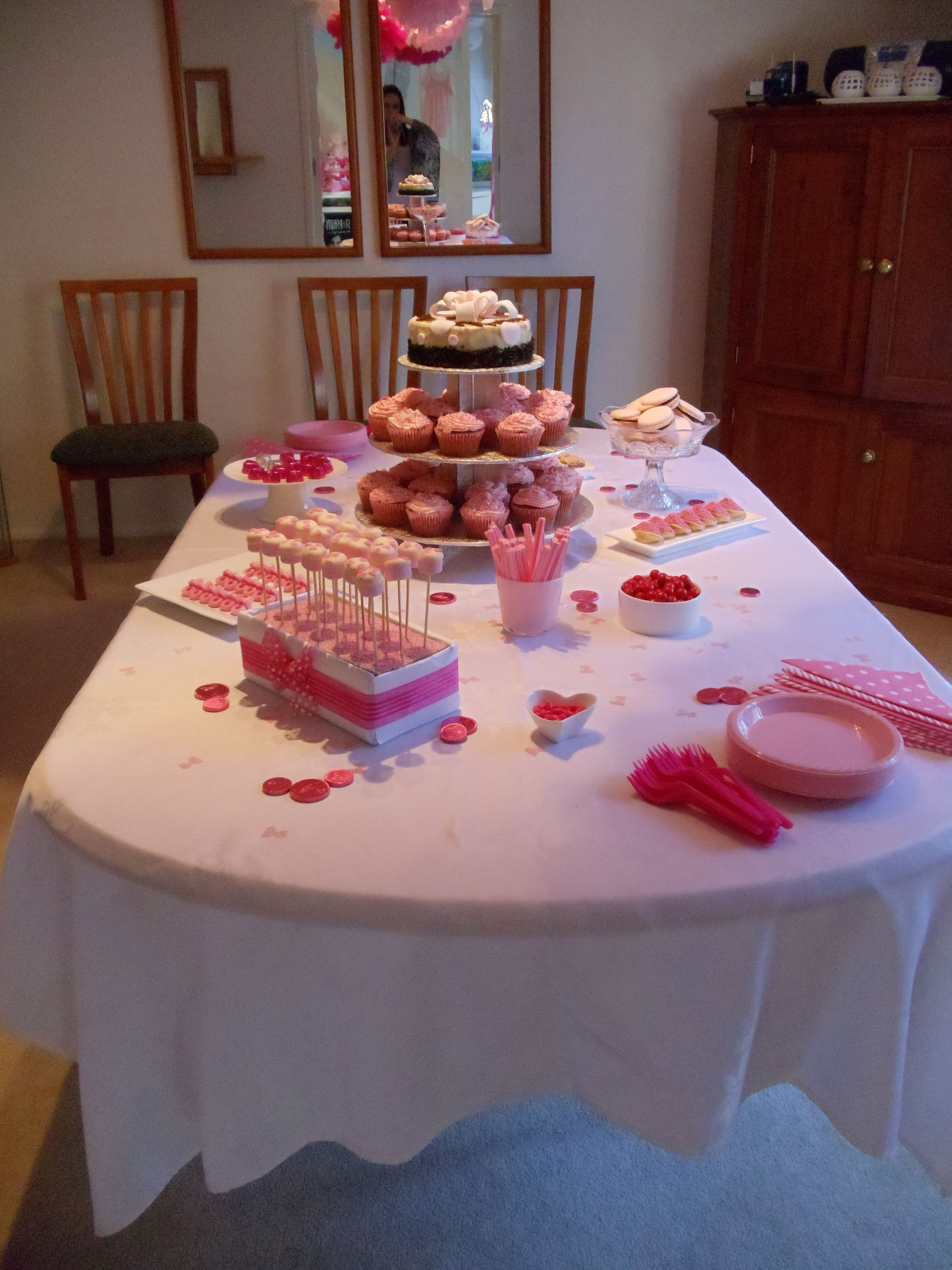 baby girl shower table setting princess baby shower pinterest