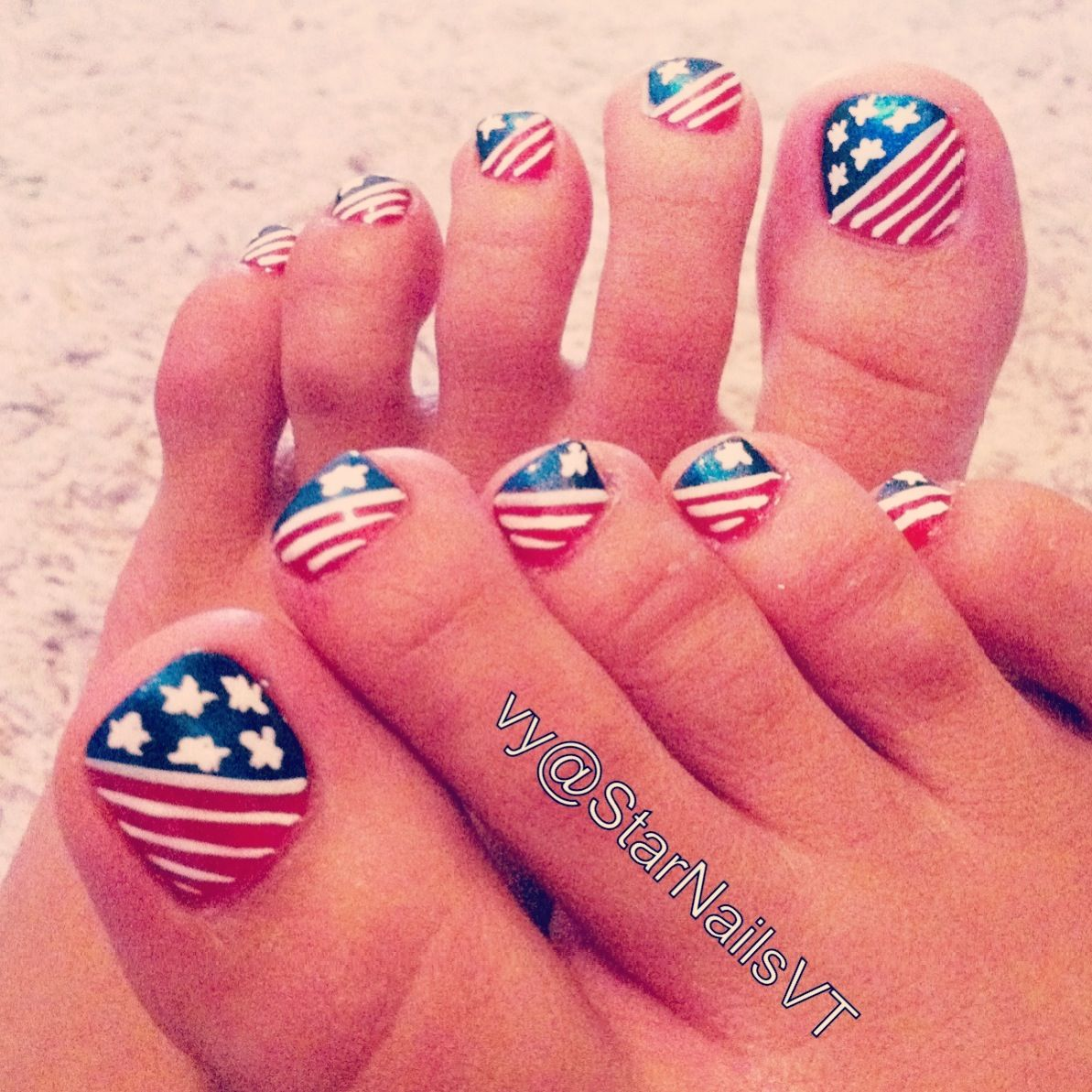 4th of july toenail art