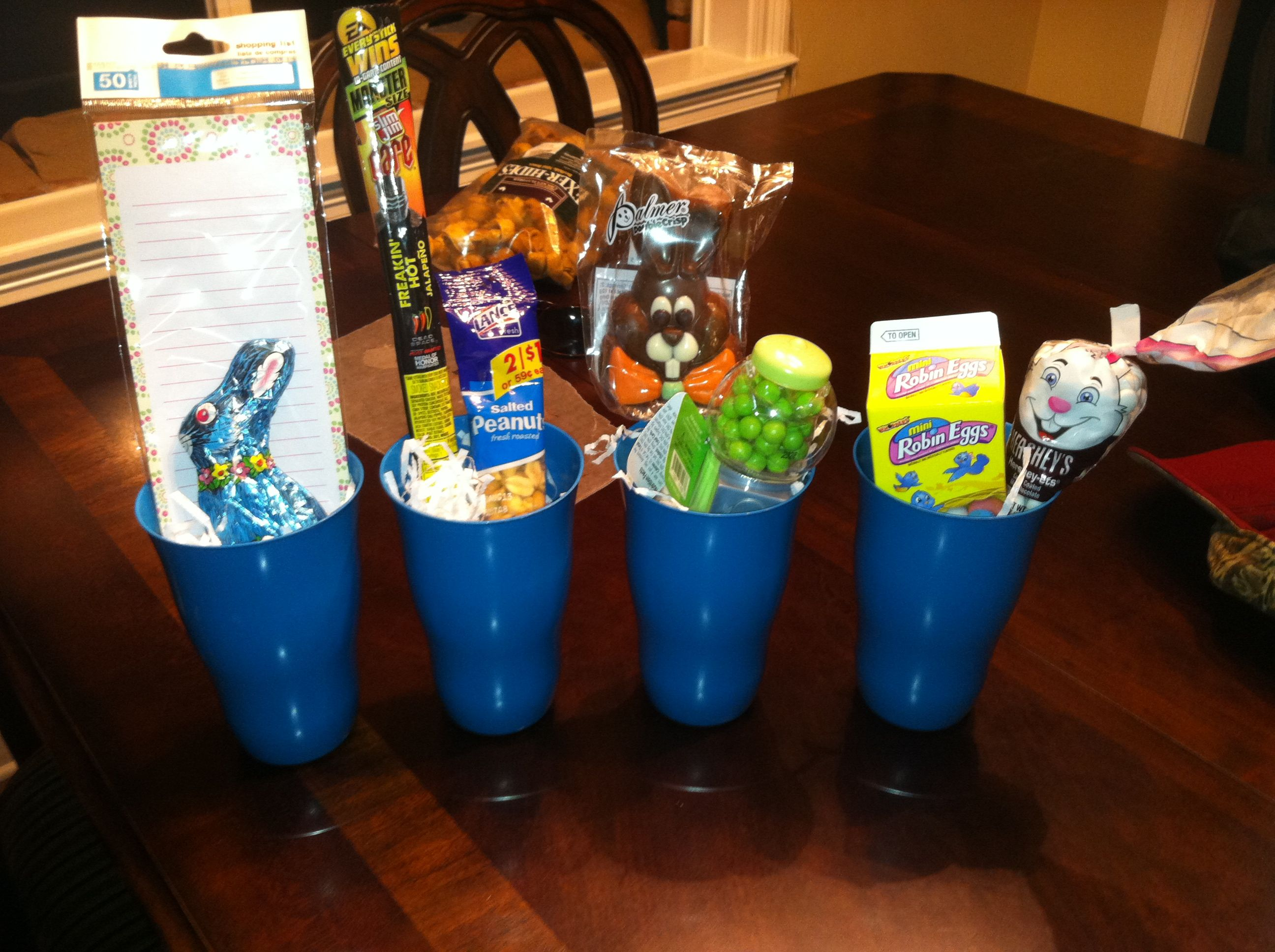 easter easy cheap gift baskets cups gifts pinterest