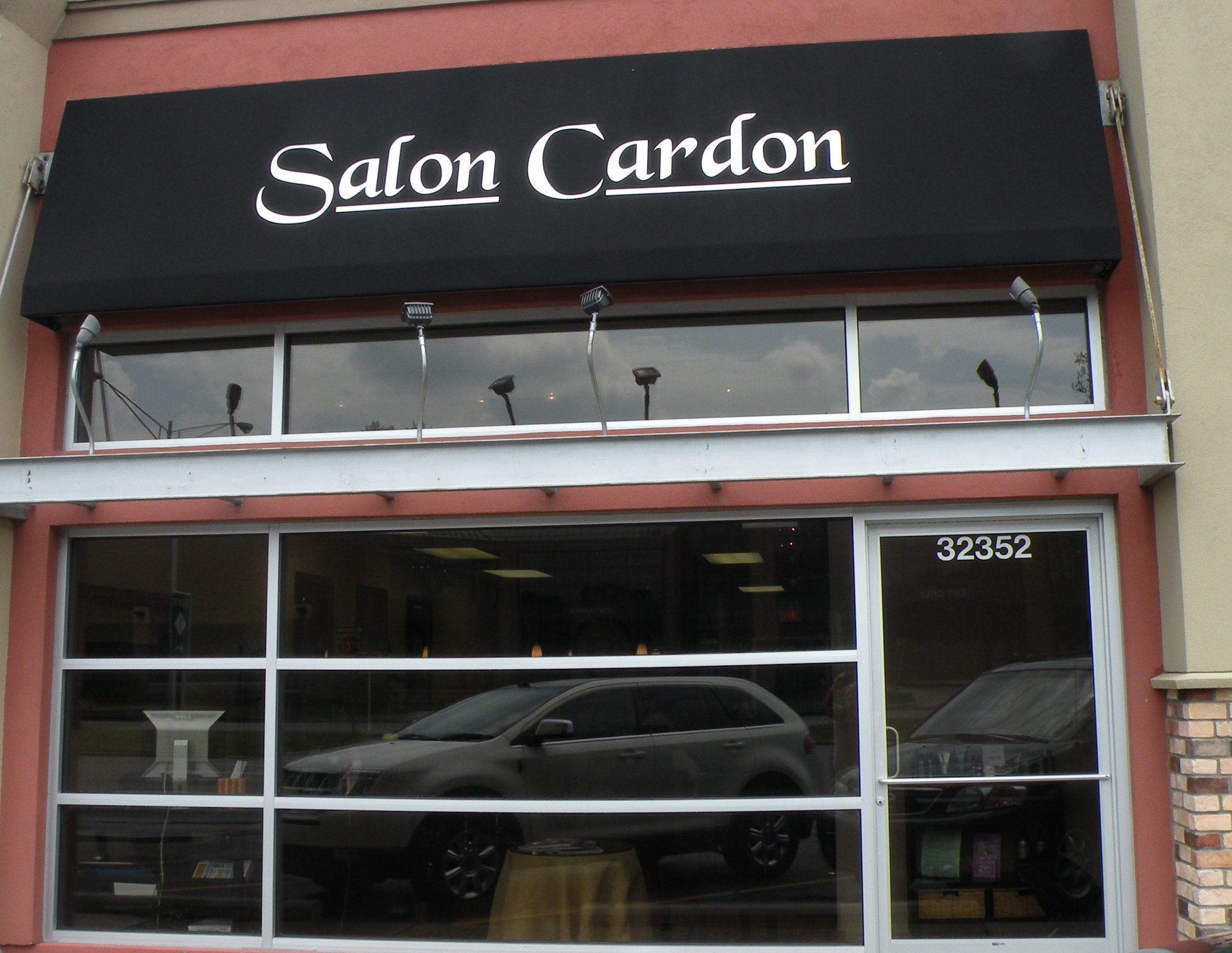 Salons in michigan that do ombre hairstyle gallery for 6 salon royal oak