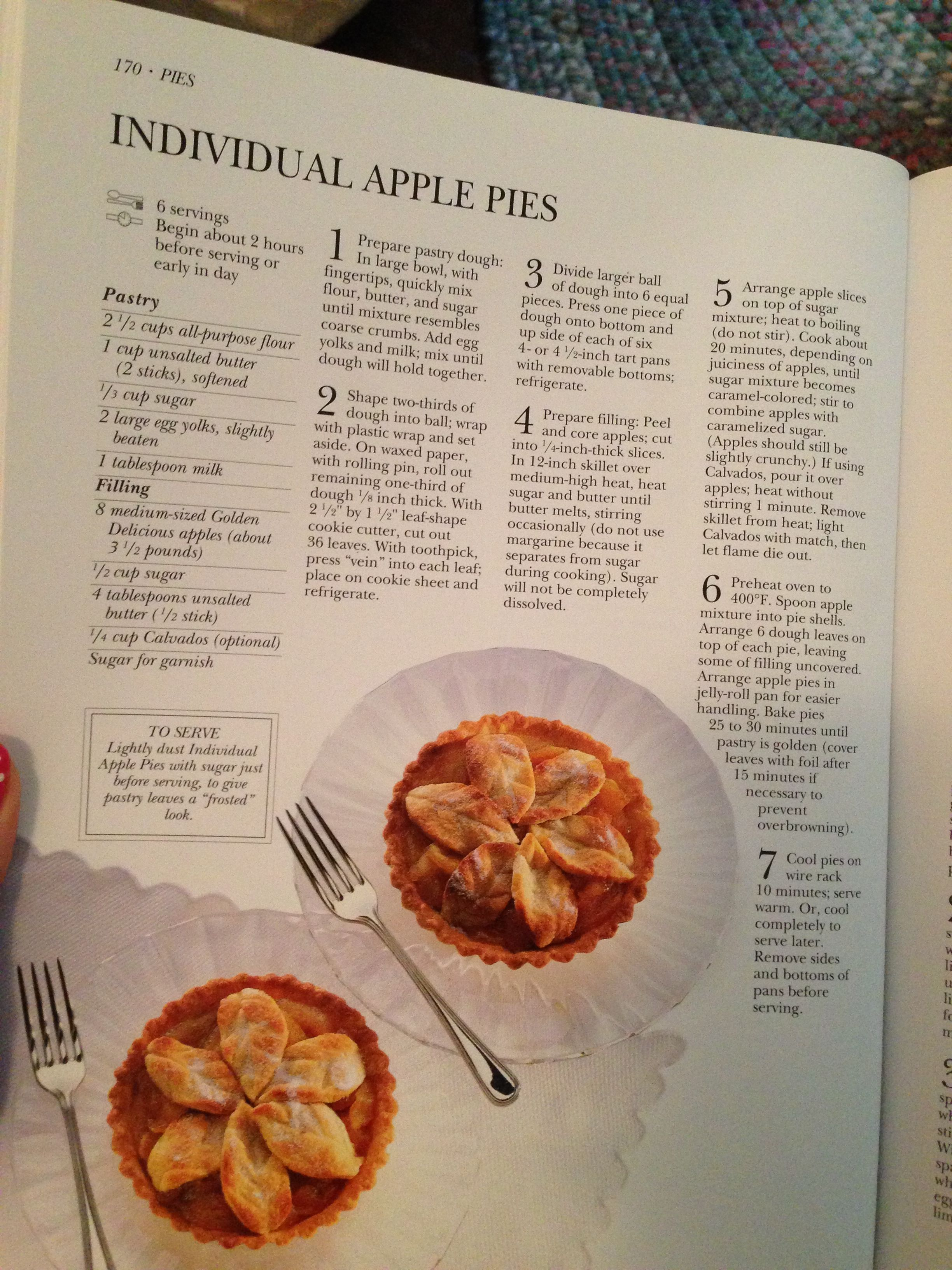 Individual Apple Pies | Yum! | Pinterest