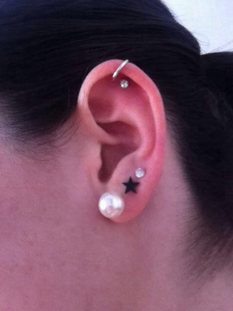 Simple & cute multiple ear piercings | Pretty things ...